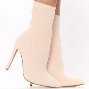 Nib fashion nova sock boots sz 9